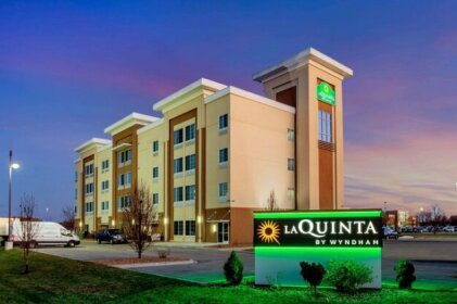 La Quinta Inn & Suites Springfield Springfield