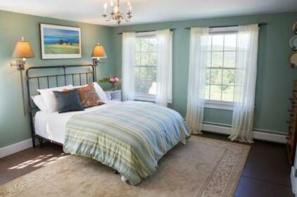 Russell Young Farm Bed and Breakfast