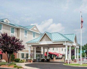Comfort Inn & Suites Sturbridge