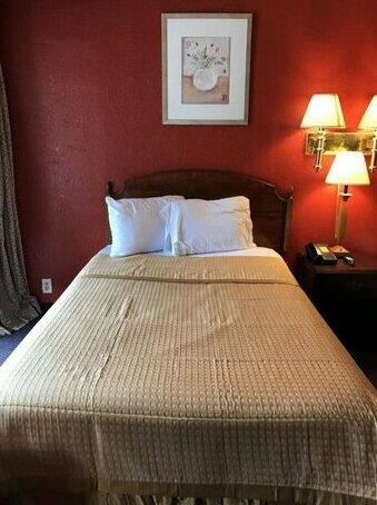 Budgetel Inn & Suites Tallahassee