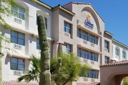 Comfort Inn & Suites Tempe Phoenix Sky Harbor Airport
