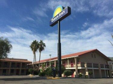 Days Inn by Wyndham Tucson City Center