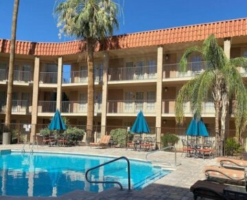 DoubleTree Suites by Hilton Tucson-Williams Center