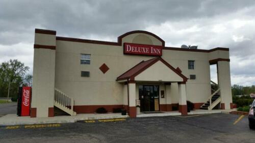 Deluxe Inn Formerly Days Inn