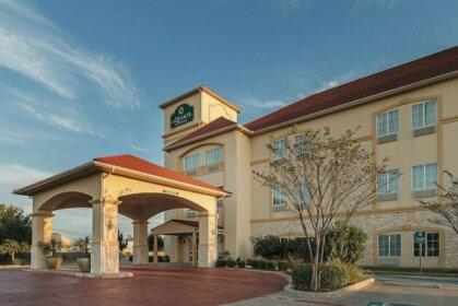 La Quinta Inn & Suites Waxahachie
