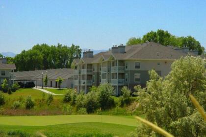 River Oaks Apartments & Suites
