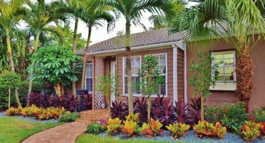 Casa del Leon West Palm Beach