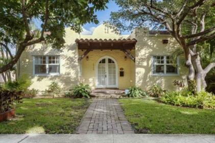 Casa Paradiso West Palm Beach