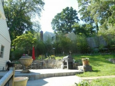 Homestay in White Plains near Westchester County Center