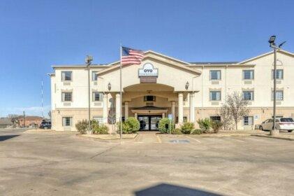 OYO Townhouse Wichita Falls West