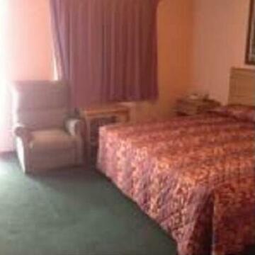 El Rancho Motel - Wichita