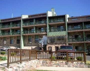Mayflower Motel & Suites