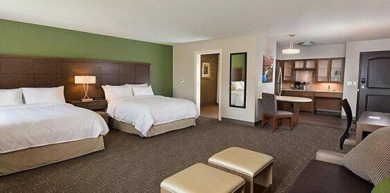 Staybridge Suites - Wisconsin Dells - Lake Delton