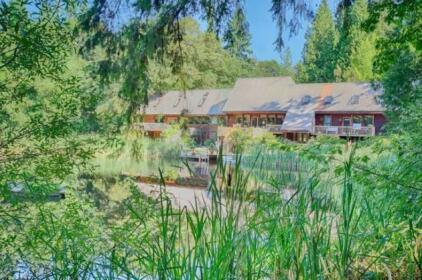 Harbor Creek Lodge