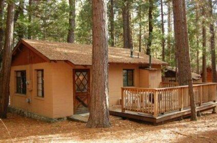 RedAwning Cabin 3 Bassett Cedar Rock Cabin II