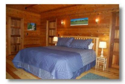 RedAwning Cabin 41A Cedar Chalet