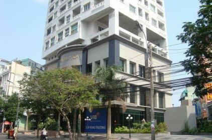 Modern 2-BR Apartment in Dist 1 13B4