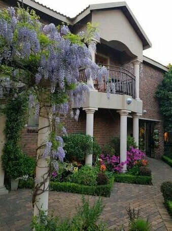 Feathers Guest House Middelburg